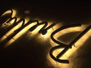 ป้ายตัวอักษร ตัวอักษรไฟ ตัวอักษรมีไฟ ตัวอักษรไฟออกหลัง